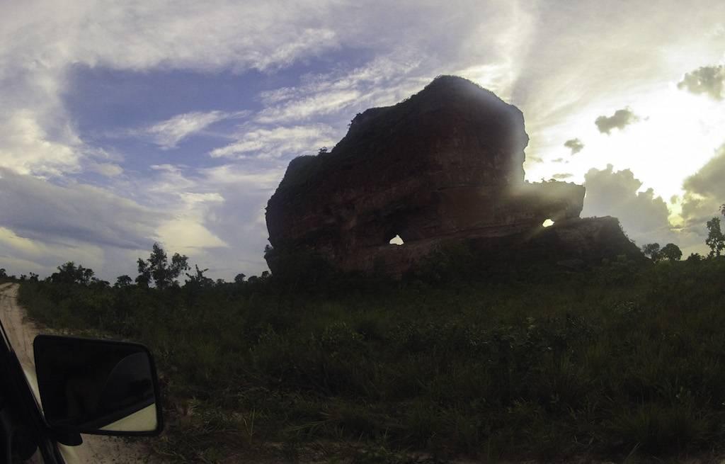pedra-furada-jalapao-tocantins