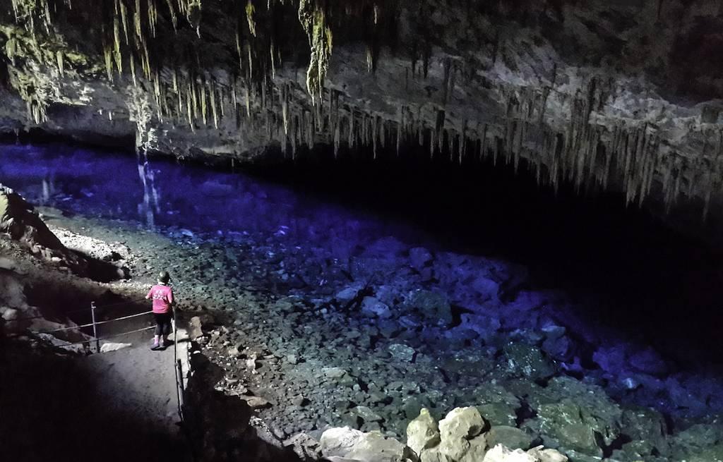 gruta-lago-azul-bonito-MS