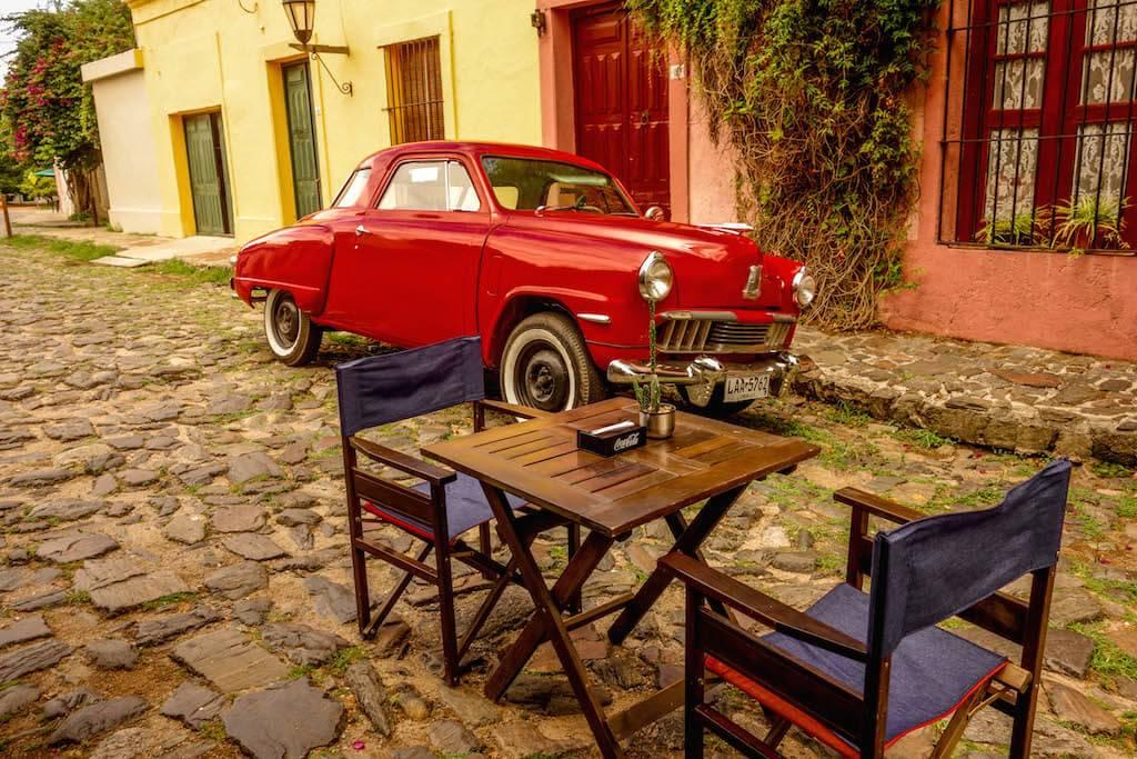 carros-antigos-colonia-del-sacramento