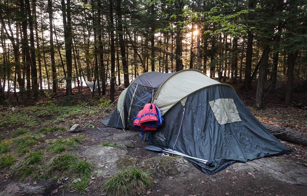acampando-no-canada-com-os-ursos-parque-gatineau