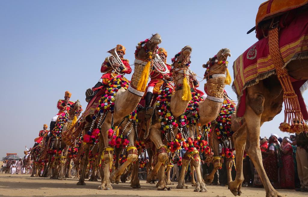 parade-parada-desert-festival-deserto-jaisalmer-india