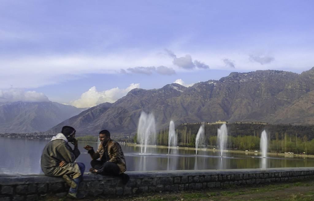 lake-dal-srinagar-kashimir