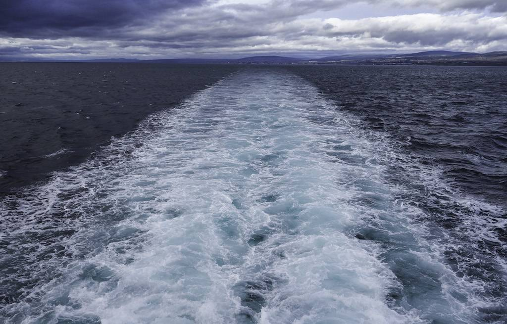 ferry-balsa-isla-magdalena-punta-arenas