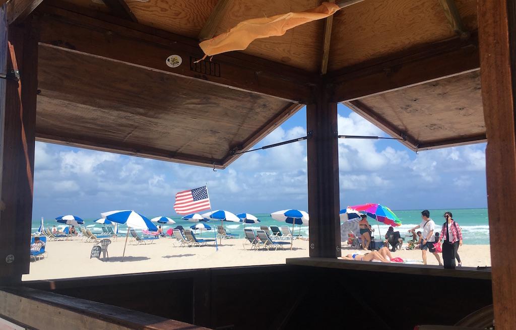 praia-mid-beach-miamonde-se-hospedar