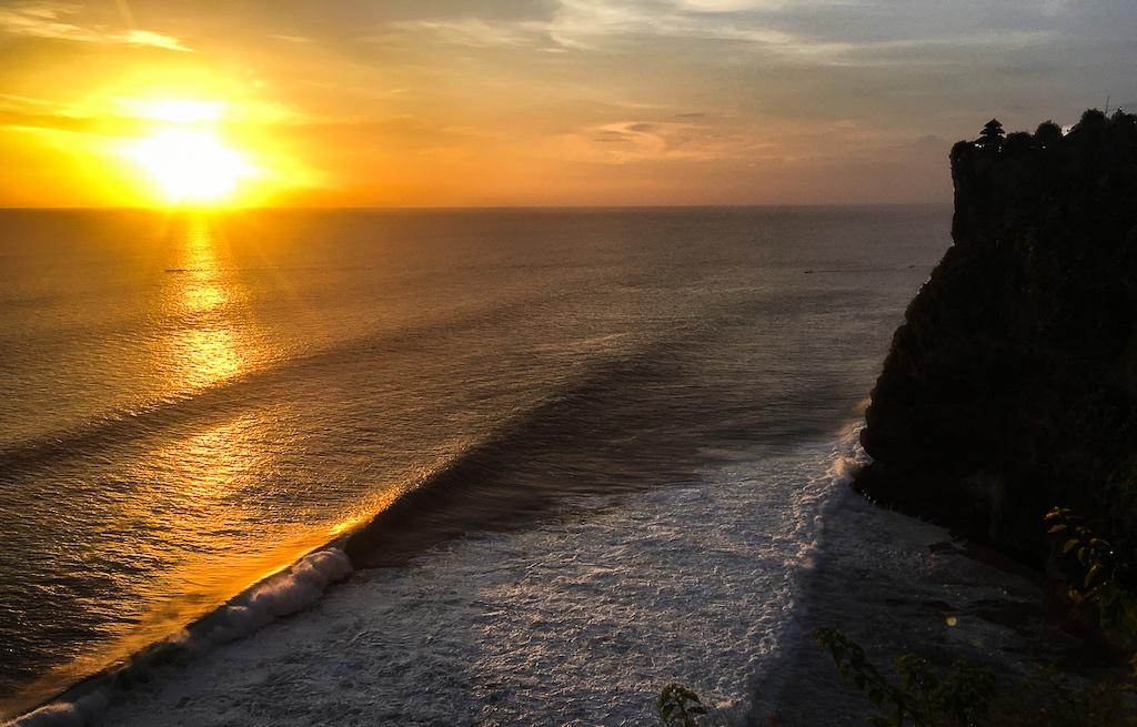 onde-ficar-uluwatu-bali-indonesia