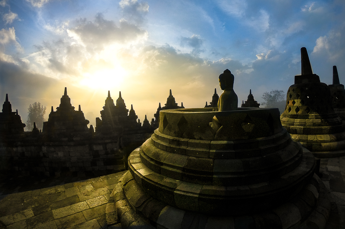 templo-borobudur-java-indonesia